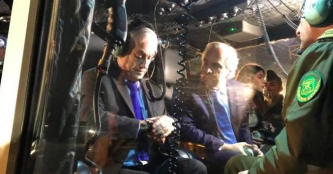 智利总统皮涅拉参与警方空中巡逻任务 合力竭止罪案发生