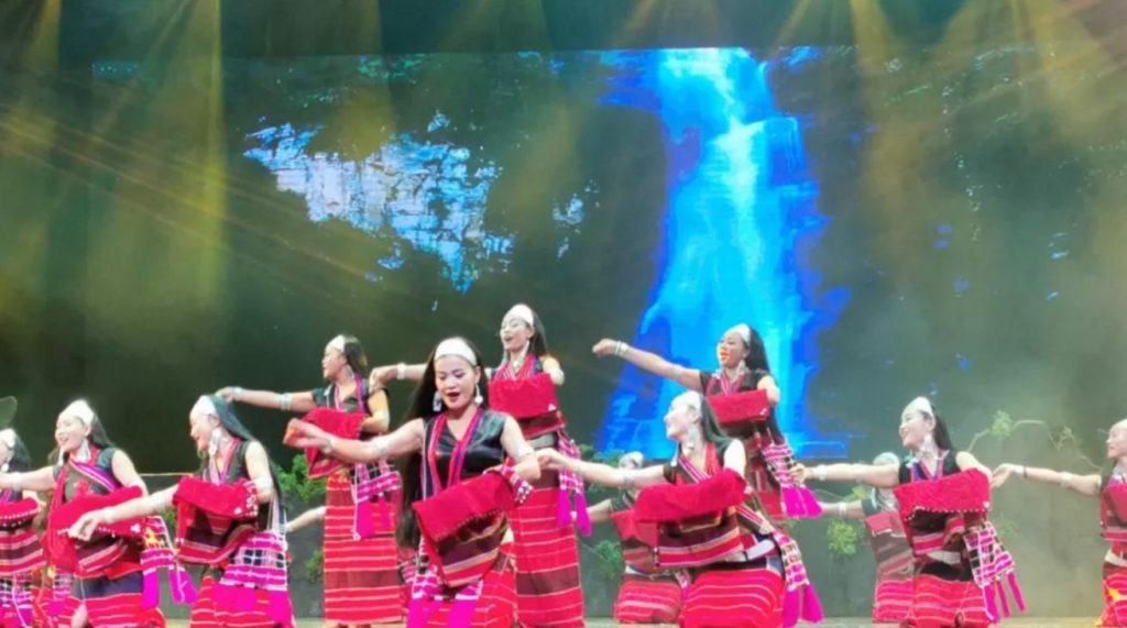 最感动人心的原生态歌舞剧《佤部落》,四十余家海外华媒赞不绝口