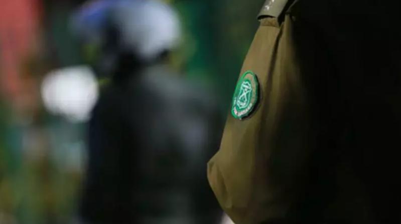 """月份抢劫中国华侨的一名未成年犯罪分子被警方拘捕"""""""