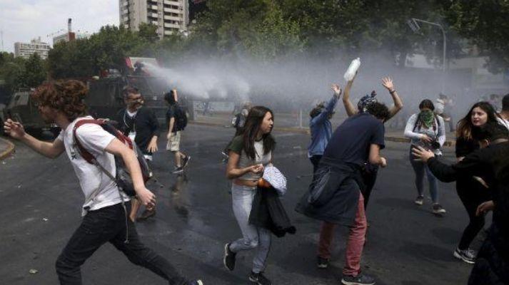 """普罗维登西亚区长:""""智利变了,我认为这是不可挽回的"""""""