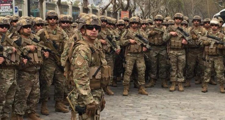 智利军队购入2.11亿武器装备和防爆工具