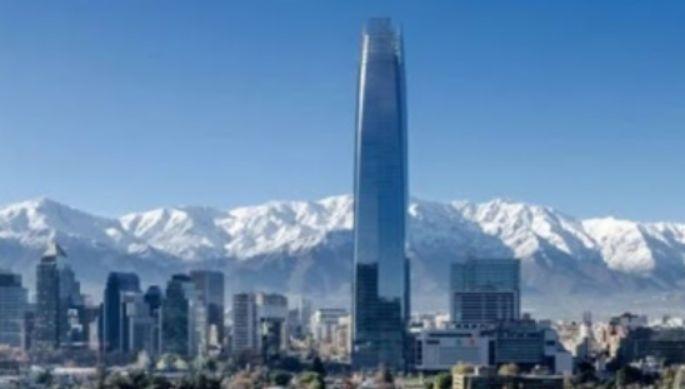 智利经济研究人员质疑政府计划支持企业而忽略人民