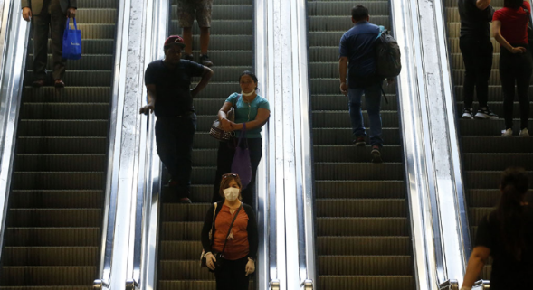 智利出台了紧急状态的劳动新法 老板只需给员工缴纳保险