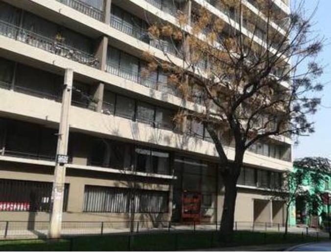 智利确诊将破5万例!首都批发区一侨胞遭假警察持枪入室抢劫