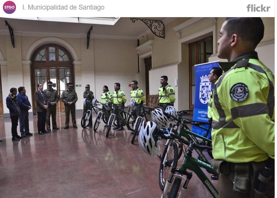 Comunidad china: Donó bicicletas a Carabineros de Chile.