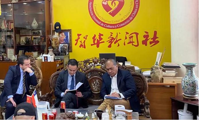 Más de diez centros comerciales chinos fueron asaltados a punta de pistola